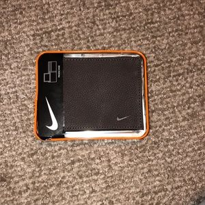brand new with tags nike leather wallet!